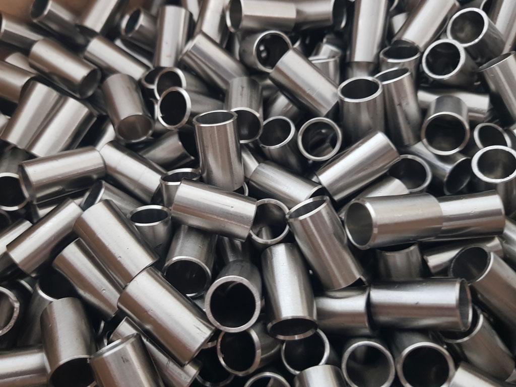 Dalcoupe - Produits travaillés - Tubes acier, inox, alu et métaux nobles